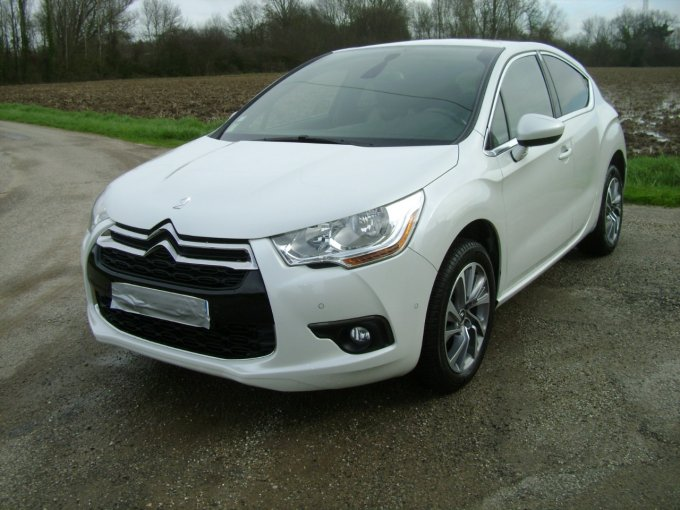 CITROEN  DS4  1.6 E- HDI 115 CV SO CHIC